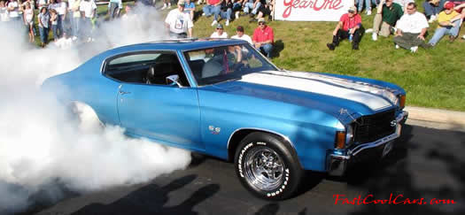 Chevy Chevelle doing burnout