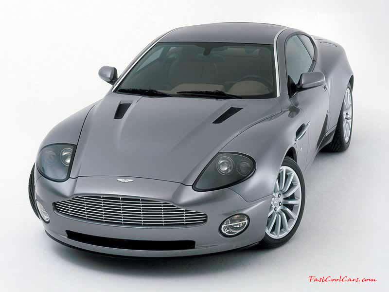 Aston Martin Vanquish Photo